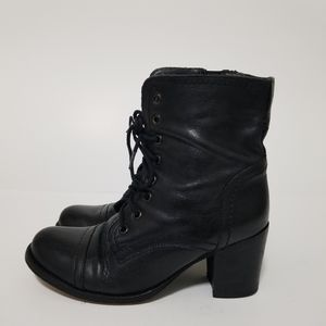 Steve madden size 7.5 leather lace up boots